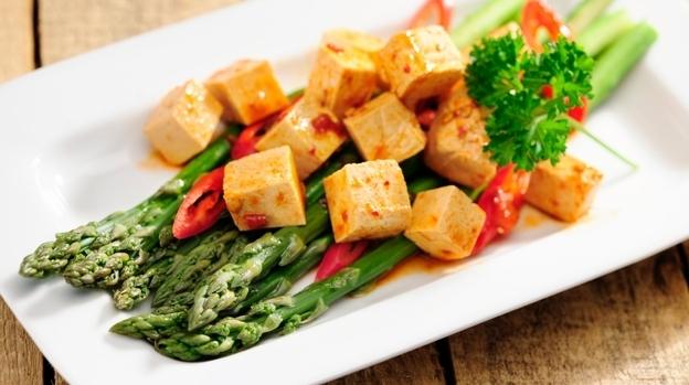 Asparagus and tofu (iStockphoto.com)