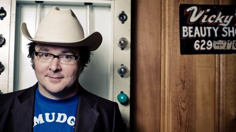 Derek Hoke: Three Quiet Chords And A Microphone : NPR