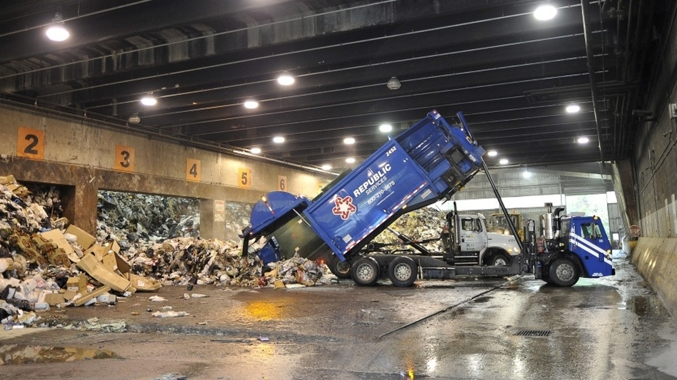 A garbage truck at the Harrisburg, Pa., incinerator. (AFP/Getty Images)