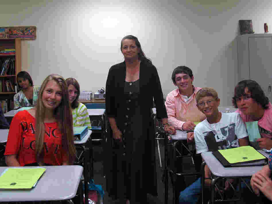 Sue Knight is a substitute teacher at DeSoto High School in Florida. Last year, she taught science. This year, she's in the classroom teaching Spanish.