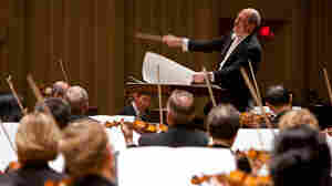 Robert Spano conducts members of the Atlanta Symphony Orchestra, who are currently in a lock out labor dispute.