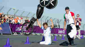 Racer Alex Zanardi Wins Gold Medal At London Paralympics