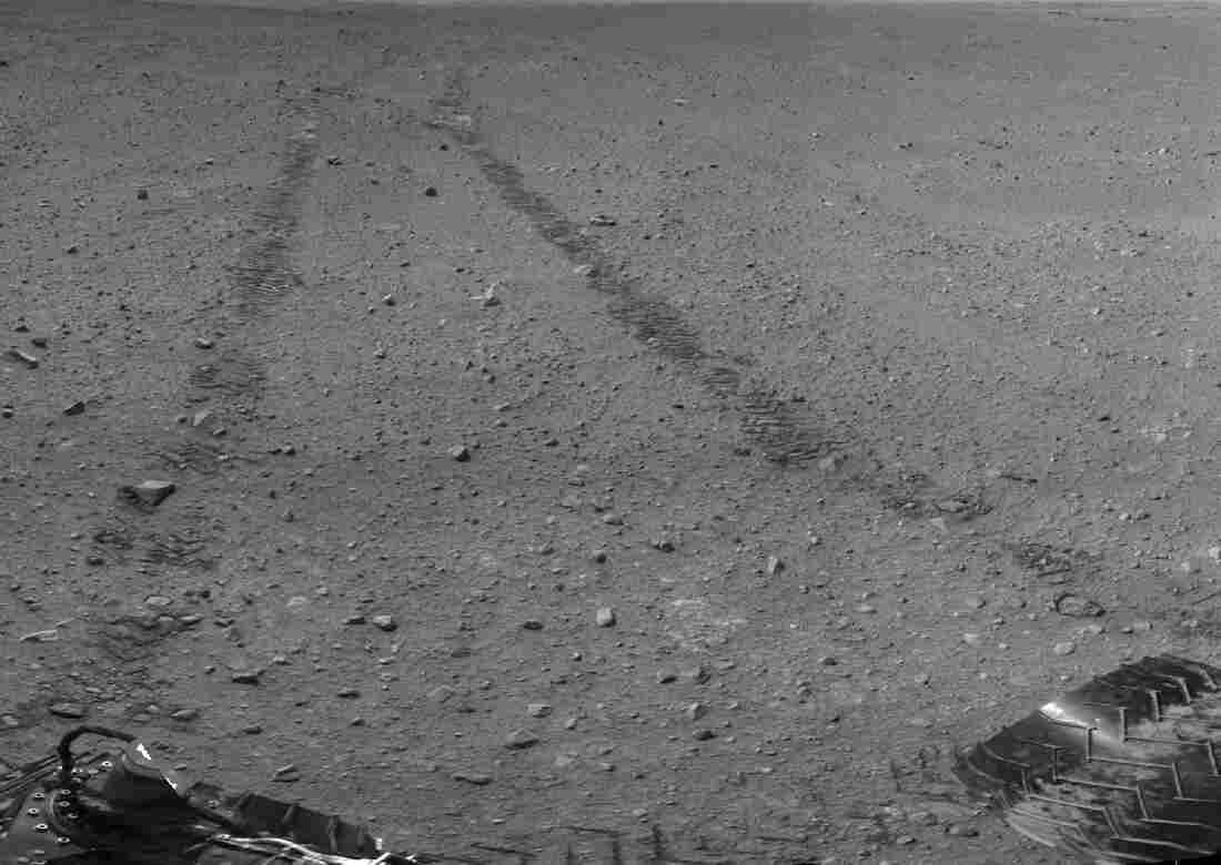 Curiosity's tracks on Mars, in an image taken from the rover.