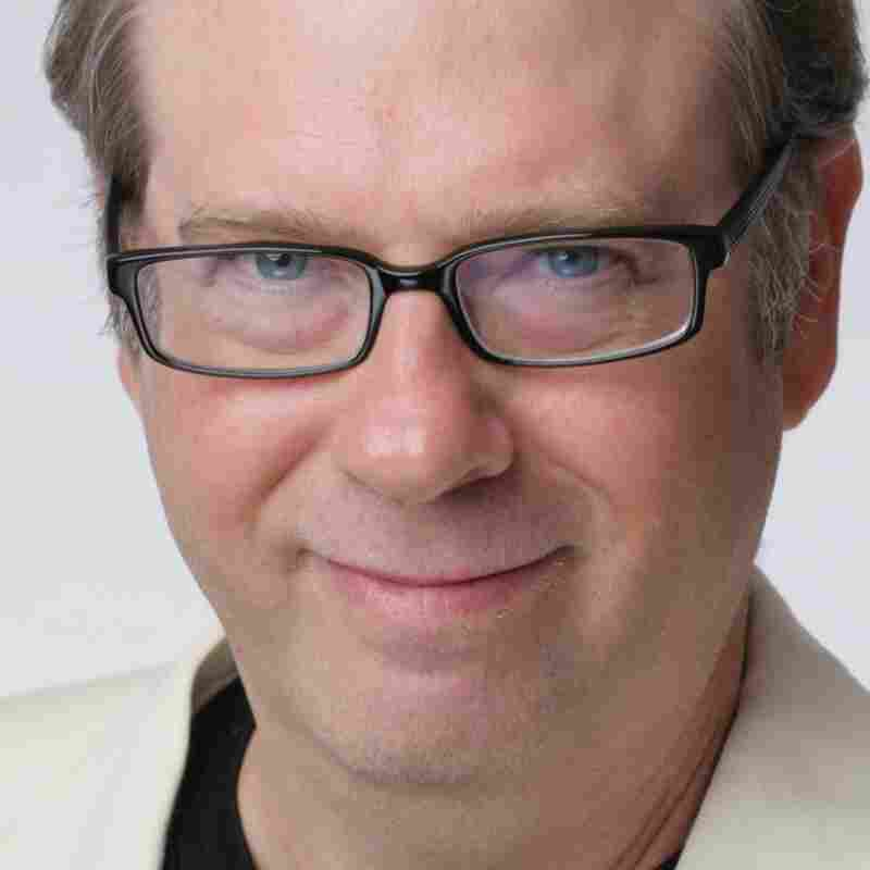 Stephen Tobolowsky is an actor and writer. He also hosts the podcast The Tobolowsky Files.