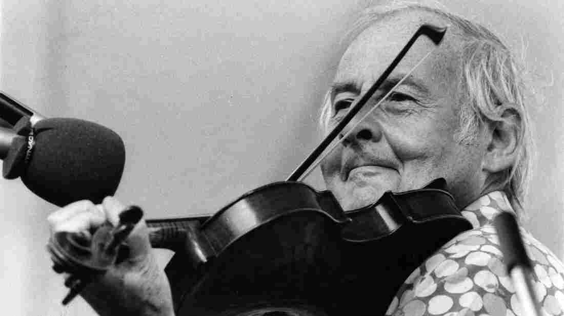 French jazz violinist Stephane Grappelli.