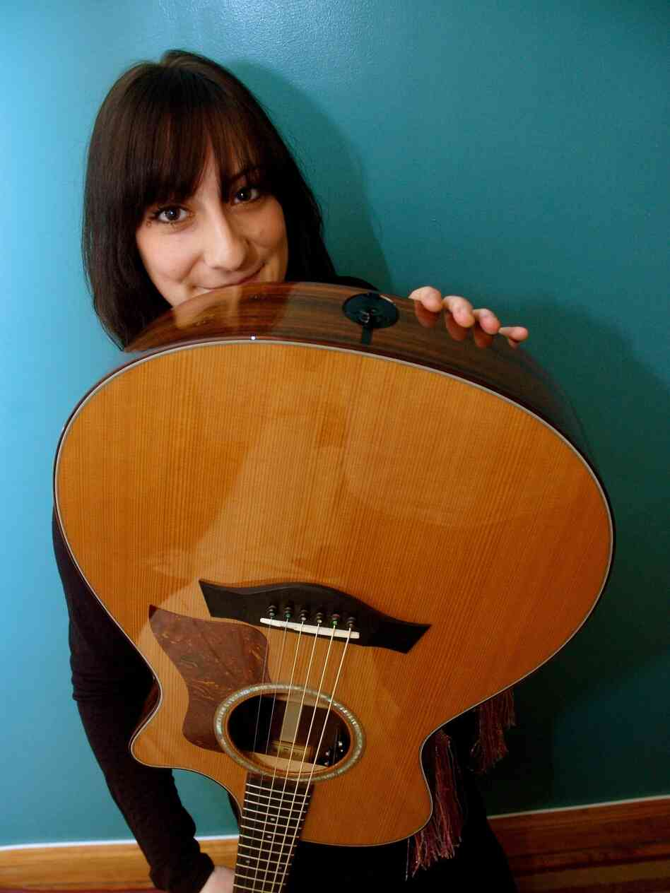Singer-songwriter Maryanne Sokol left Houston for New York two years ago, h
