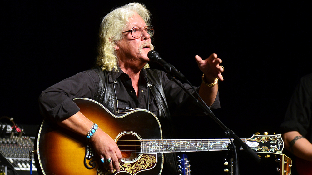 a biography of arlo guthrie an american singer songwriter