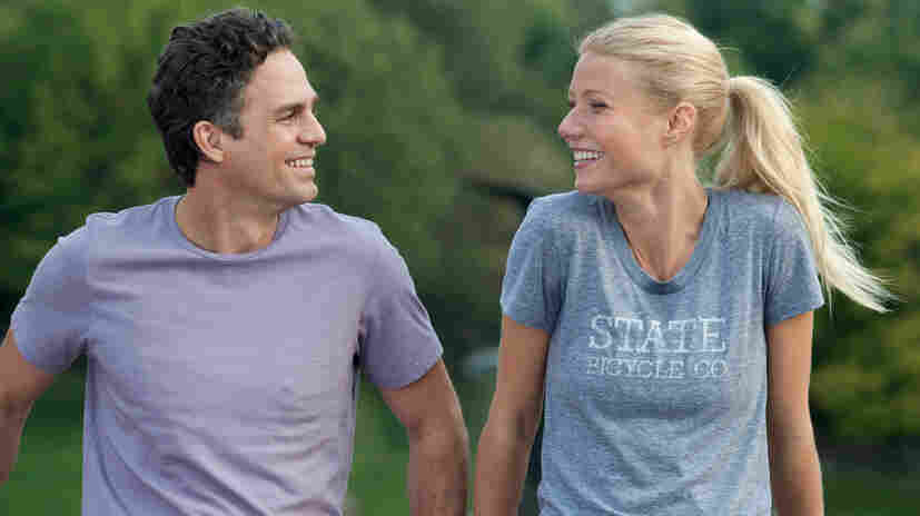 Mark Ruffalo and Gwyneth Paltrow in Thanks For Sharing.