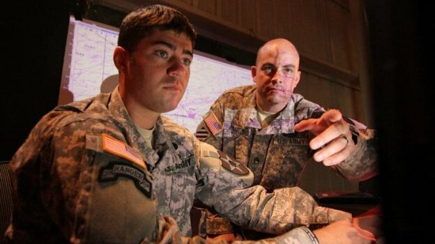 Soldiers use DCGS-A software at Aberdeen Proving Ground in Maryland.