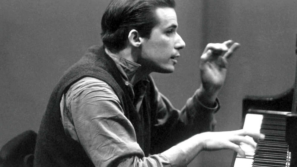 Glenn Gould: Beyond Bach's 'Goldberg Variations'