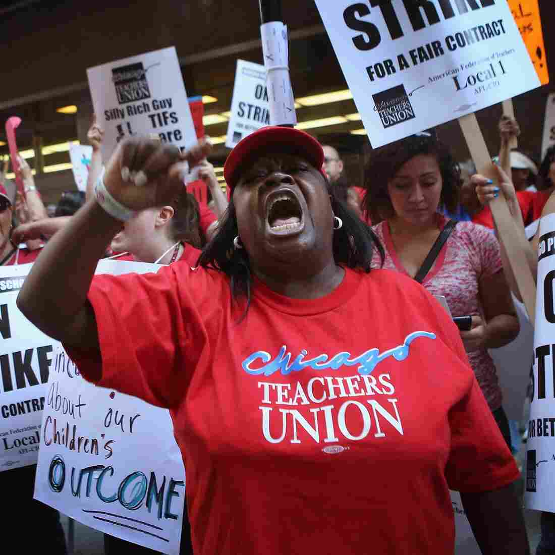 Striking Chicago Teachers And City Still 'Miles Apart' On Contract