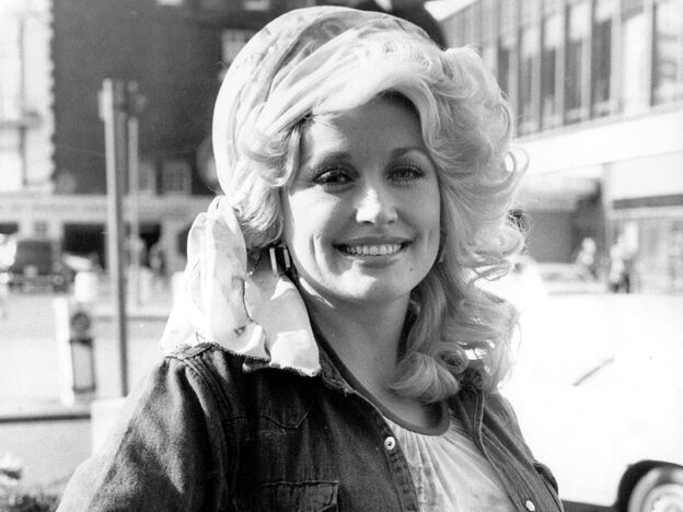 "Dolly Parton in London in 1977, four years after the release of ""Jolene."""