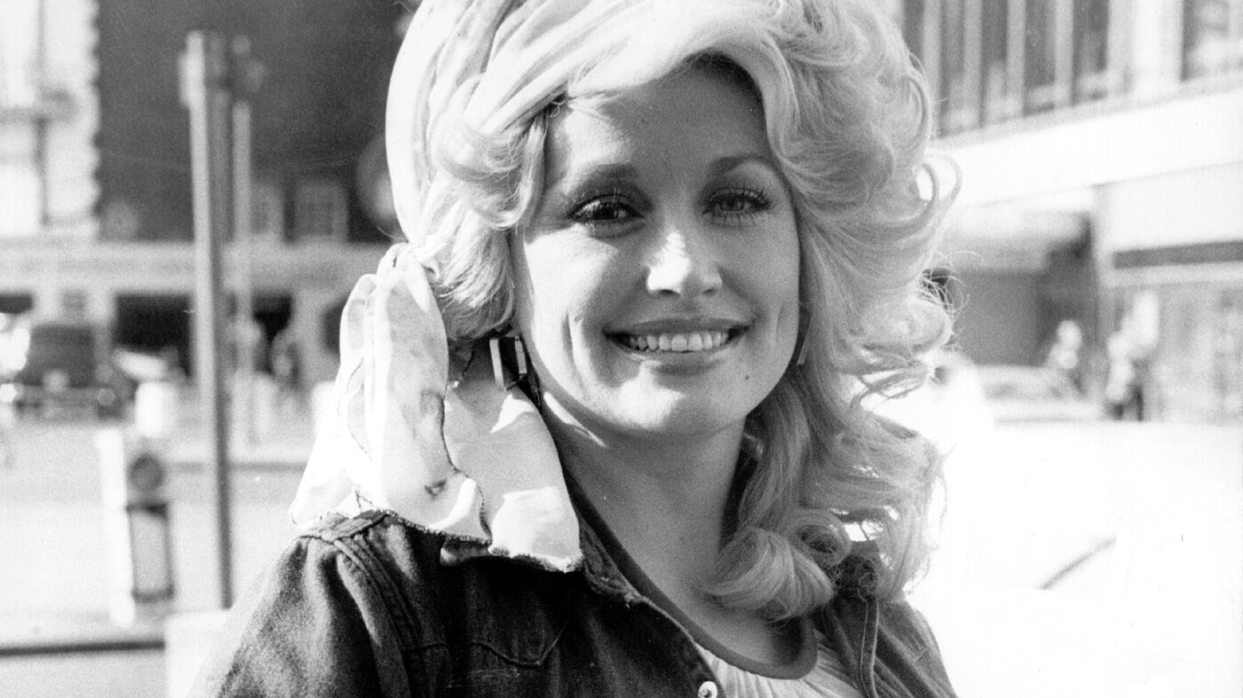 Dolly Parton's 'Jolene' Still Haunts Singers : NPR