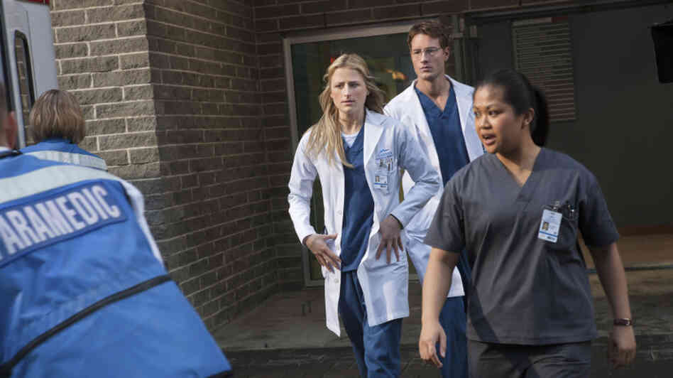 Mamie Gummer stars as the title character in Emily Owens, M.D., the best new show on broadcast television this fall.