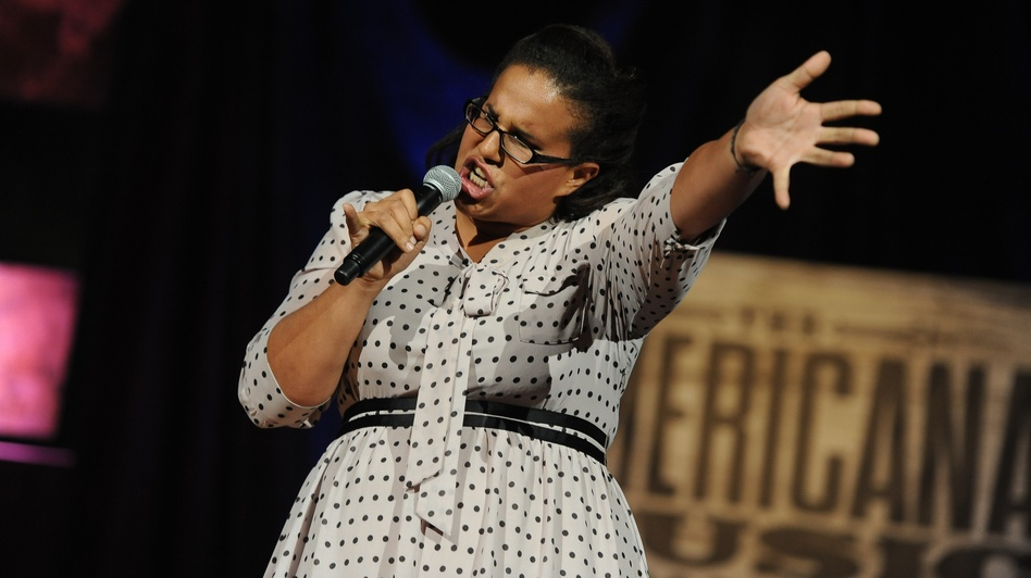 Brittany Howard of Alabama Shakes performs. The group was awarded New/Emerging Artist Of The Year. (Courtesy of AMA)