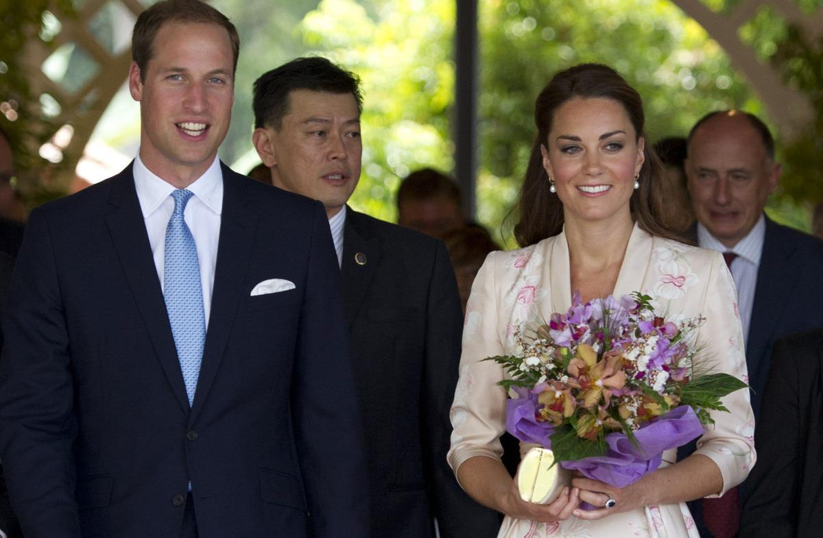 Kate Middleton Topless Chi Magazine Scandal Starts Royal