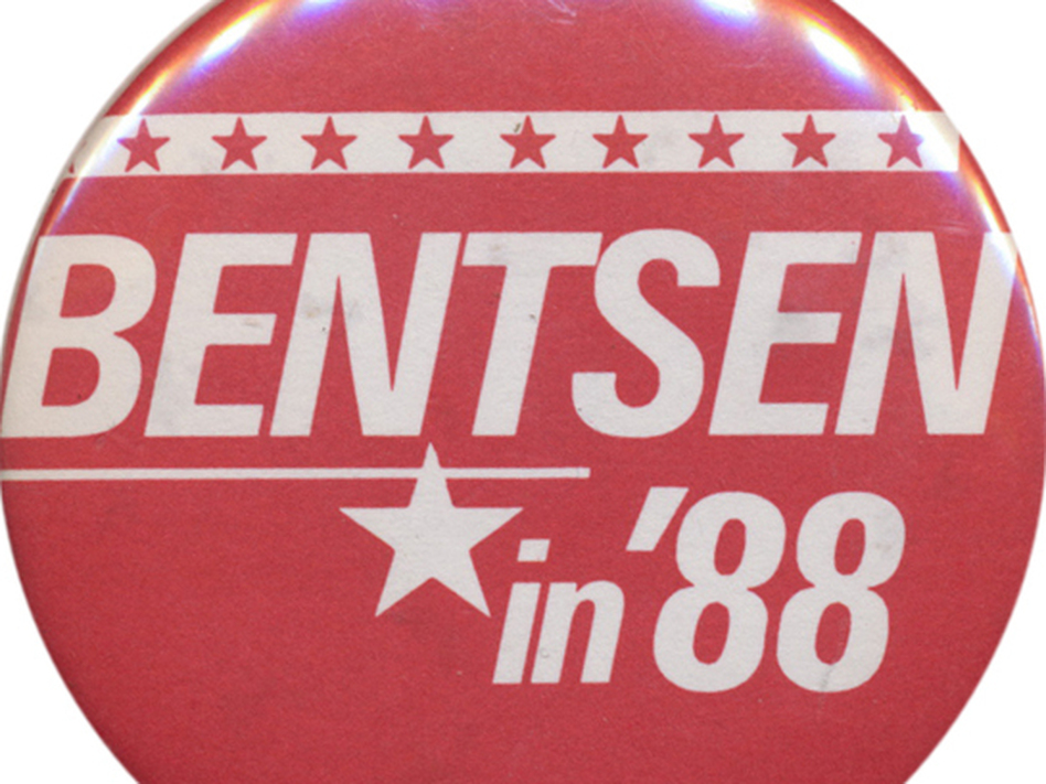 Bentsen sought national office in 1976 and 1988, even as he ran for re-election to the Senate. (Ken Rudin collection)