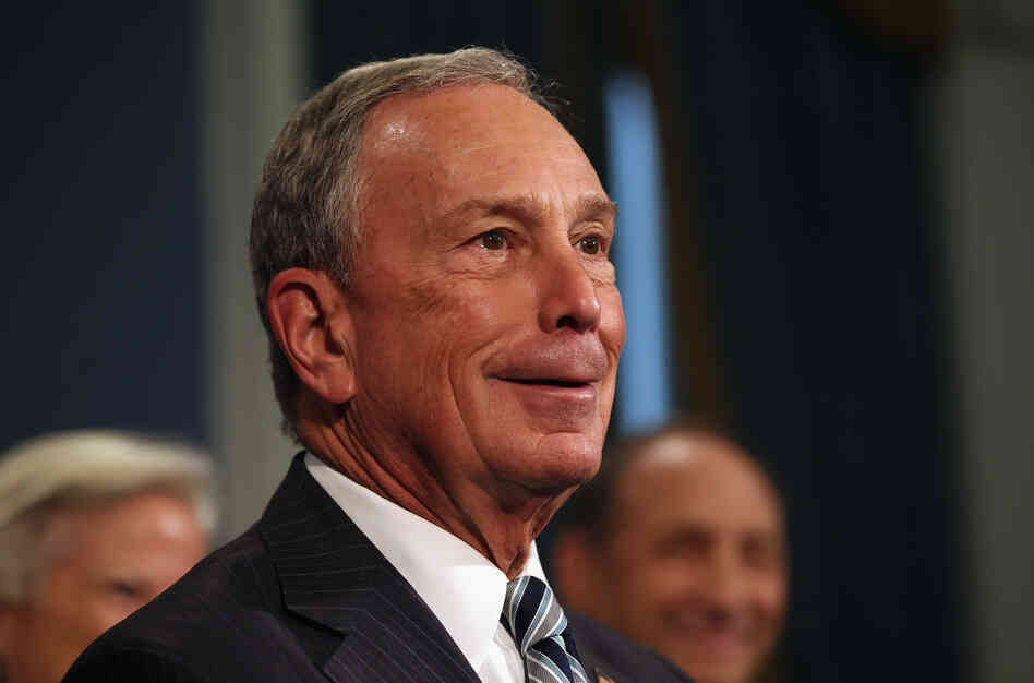 New York City Mayor Michael Bloomberg speaks to the media at City Hall on September 13, 2012, about limiting the size of sugary drinks.