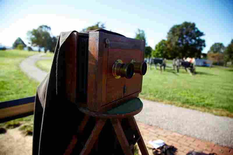 """The wet-plate camera used by Alexander Gardner after the Battle of Antietam was like this one: It had two lenses, which created a """"stereo"""" image, or two identical images side by side on one plate."""