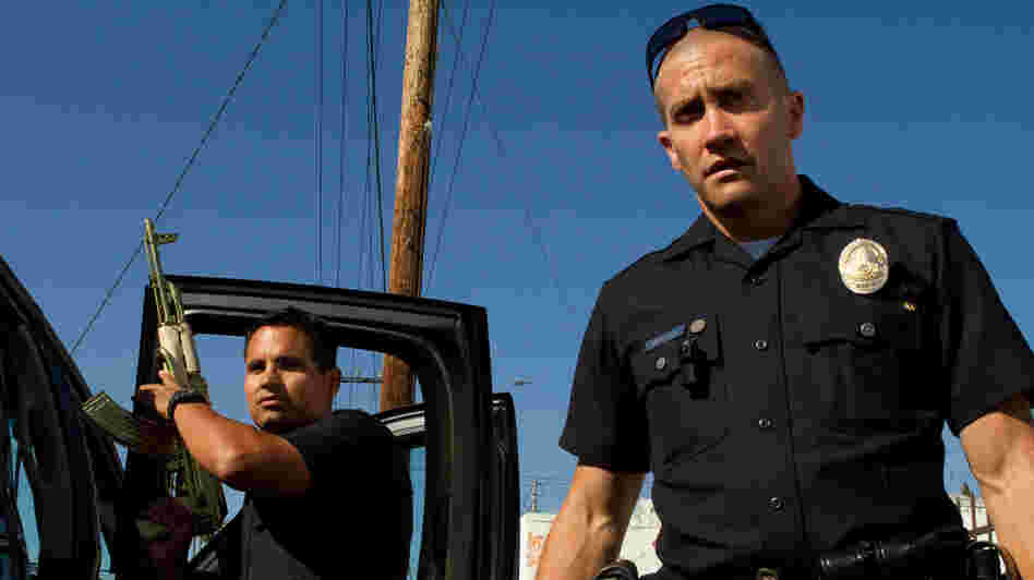 Officers Brian Taylor (Jake Gyllenhaal) and Mike Zavala (Michael Peña) become the targets of a drug cartel in End of Watch.