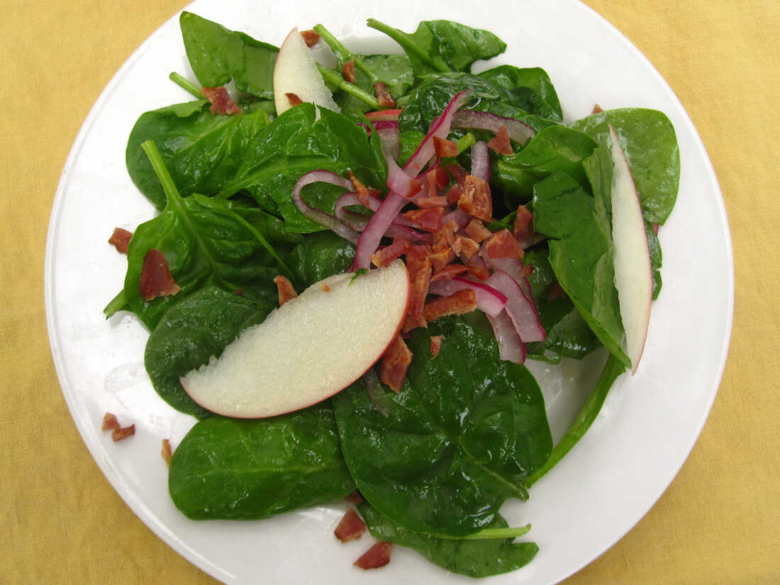 Spinach, Apple, Pickled Onion And Bacon Salad With Cider Vinaigrette