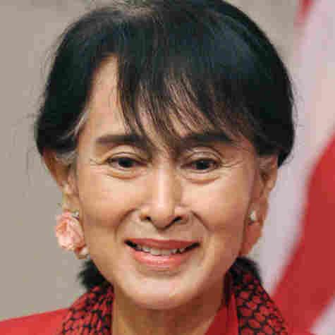 With Honors Awaiting, Aung San Suu Kyi Visits U.S.