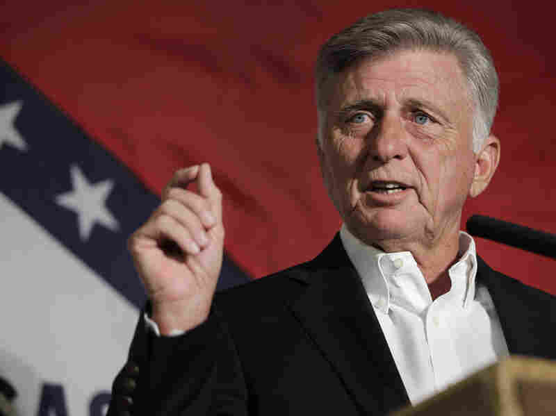 Arkansas Gov. Mike Beebe speaks to delegates at the Democratic Party of Arkansas state convention in North Little Rock on Aug. 18.