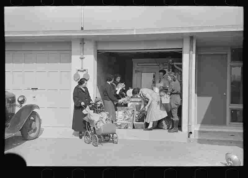 A temporary consumer's cooperative in a garage run by Nathan Dubin. The homesteaders had their own kosher meat shop and grocery.