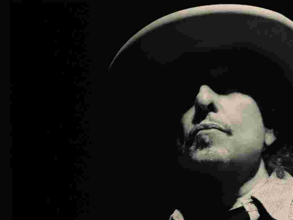 Bob Dylan's Tempest features 10 new songs with many feisty, baffling, sometimes beautiful moments.
