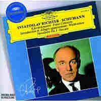 Richter plays Schumann.