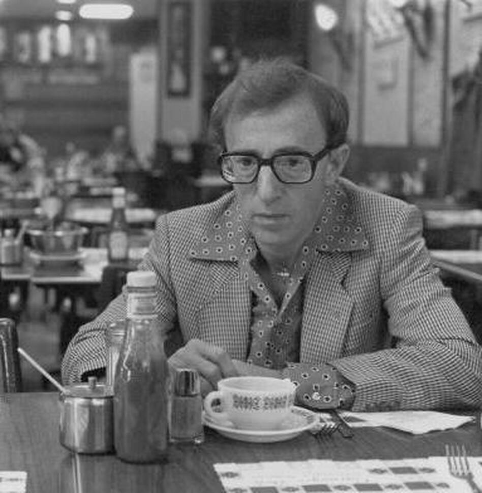 Actor-writer-director Woody Allen on the set of his 1984 film, <em>Broadway Danny Rose</em>. (Brian Hamill/Getty Images)