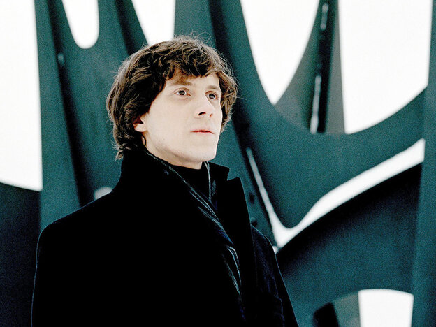 Another solid album from Polish pianist Rafał Blechacz shows he's an artist of distinction.