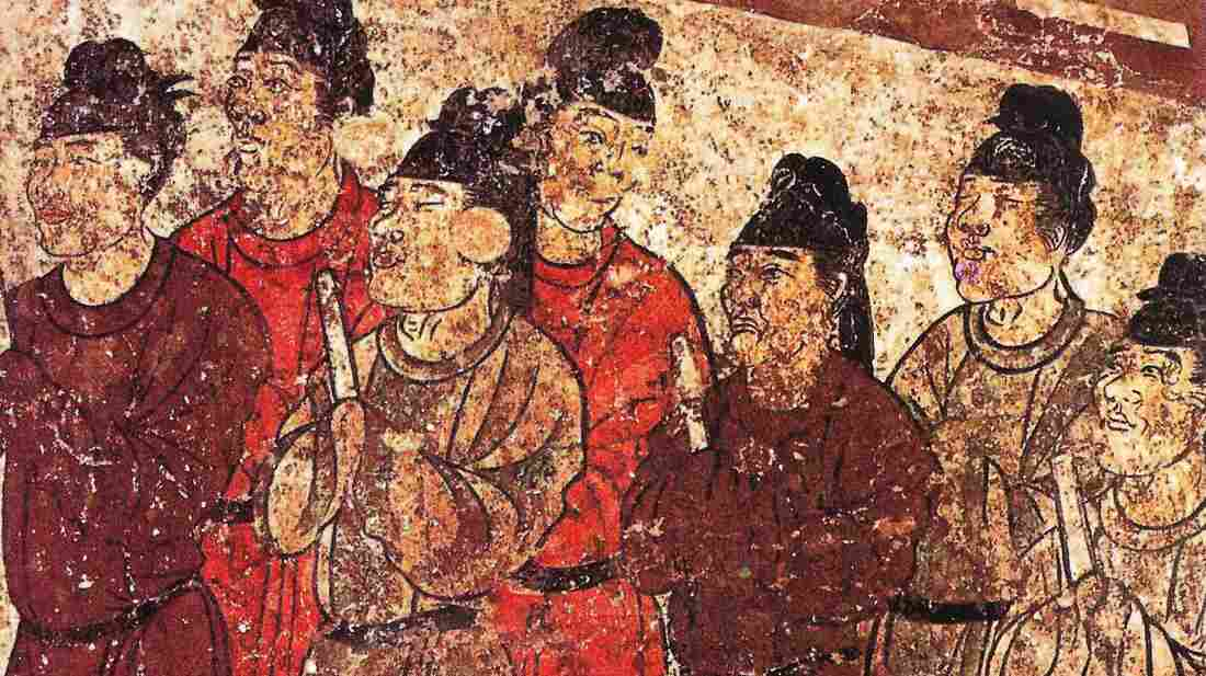 A mural in an ancient tomb in China shows a troupe of eunuchs. How long did they live?