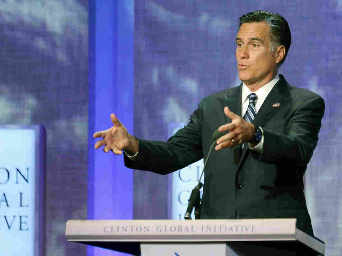 Republican presidential nominee Mitt Romney proposes linking foreign aid to economic reforms abroad at the Clinton Global Initiative meeting on Tuesday.