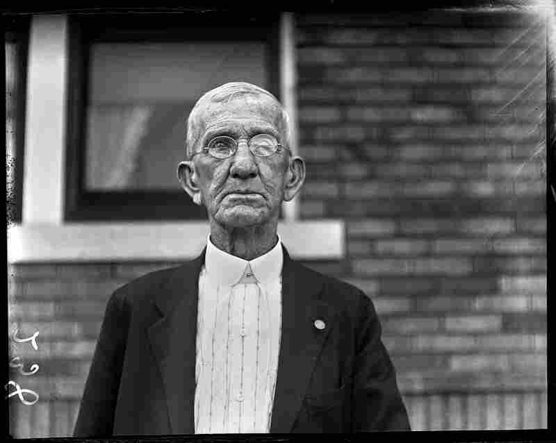 Civil War veteran Lee Graham served three years in the Union Army. He was recognized by the State Journal when it published his picture on his 84th birthday in July 1929.