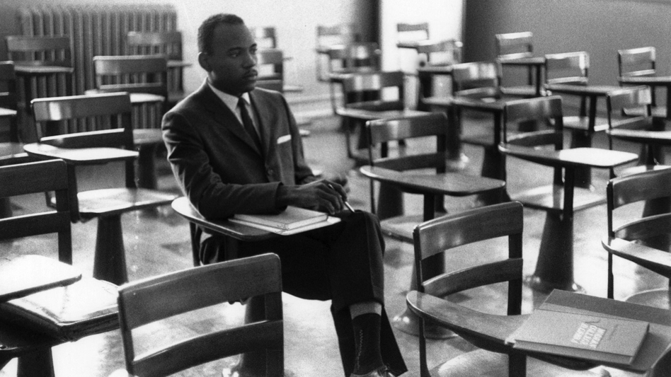 Photos of James Meredith's first day of classes at the University of Mississippi. The images are now a part of the Ed Meek Collection at the Meek School of Journalism and New Media at the University of Mississippi. (Courtesy of Ed Meek)