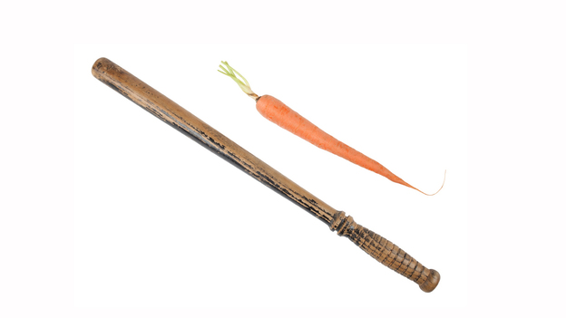 Medicare to hospitals: Take your pick of carrot or stick. (iStockphoto.com)