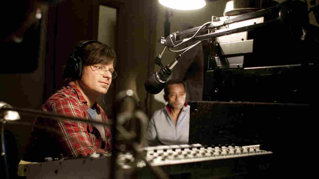 DJ Davis McAlary (Steve Zahn) interviews John Boutte about an unreleased recording of his.