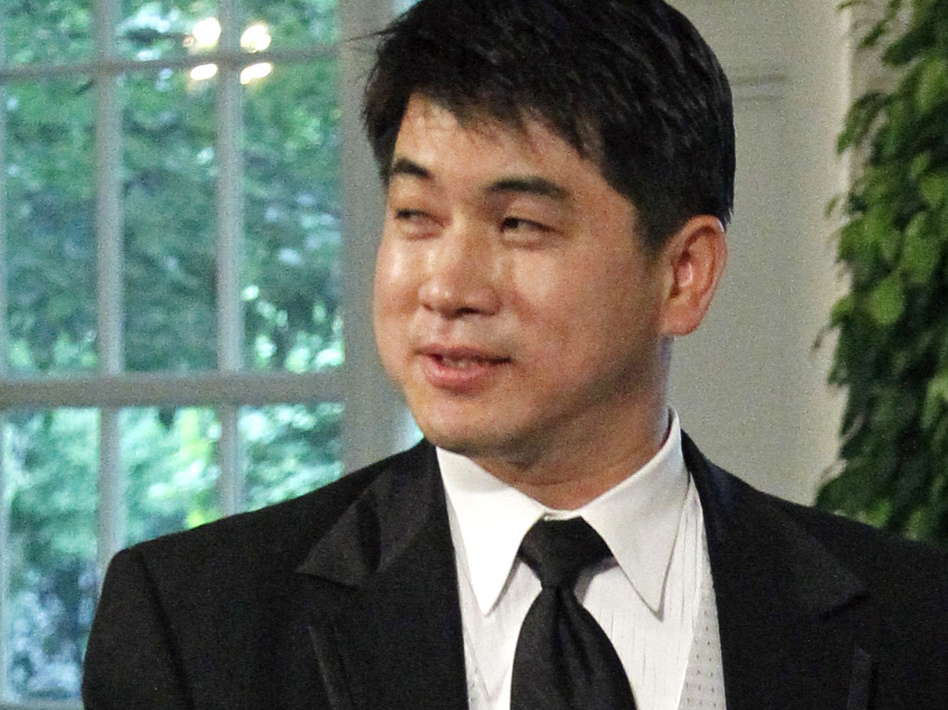 U.S. Speedskating coach Jae Su Chun arrives for a state dinner at the White House in 2010. Nineteen current and former skaters, including five Olympic medalists, filed complaints accusing him of abuse. (AP)