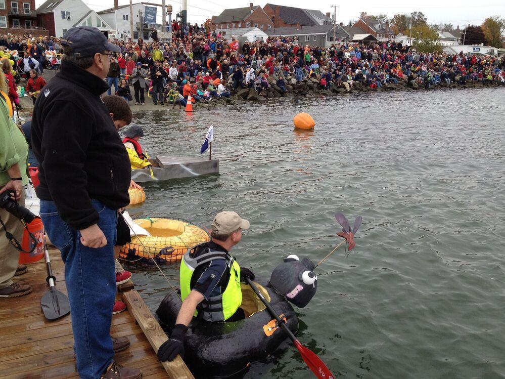 Peter Geiger lines up before the start of the pumpkin race in Damariscotta, Maine.