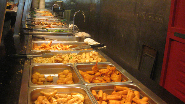 People who have had gastric bypass surgery qualify for discounts at popular restaurants, including buffets. (Flickr.com)