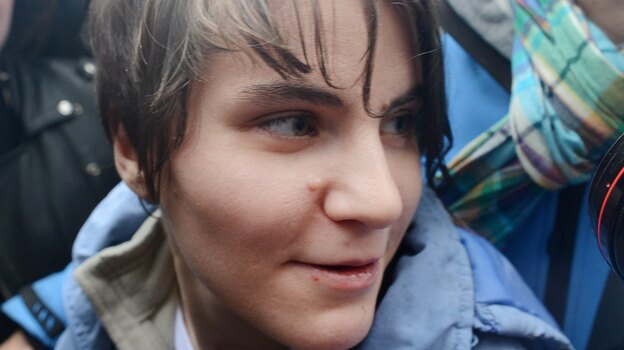 Yekaterina Samutsevich of Pussy Riot after her release from prison today in Moscow. (AFP/Getty Images)