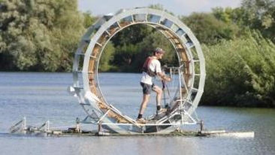 The hamster wheel, before she sank. (Facebook.com/IrishSeaCrossing)
