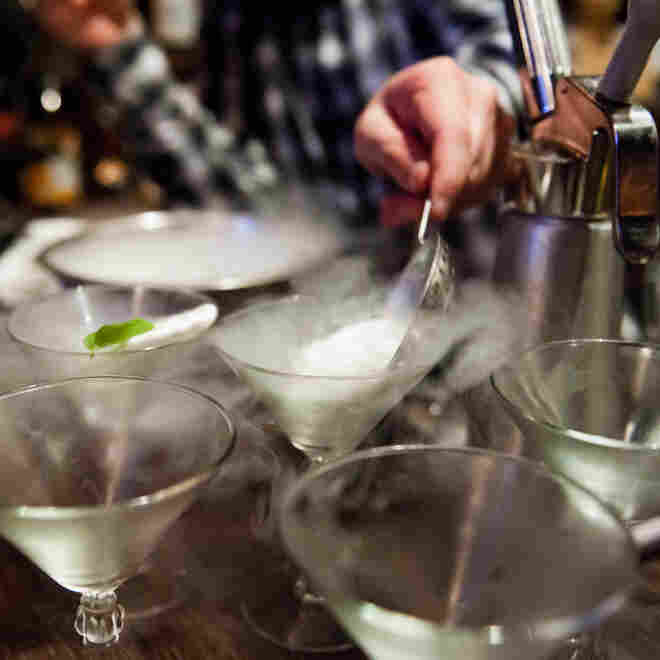 Liquid Nitrogen Cocktails: Smoking Hot Trend Or Unnecessary Risk?
