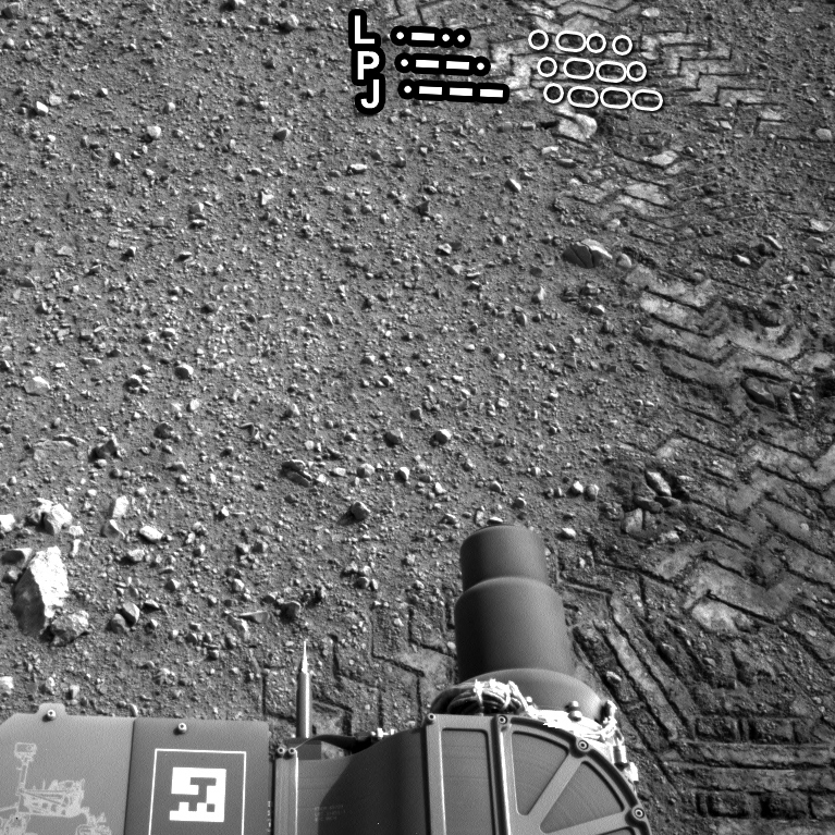 Curiosity's tracks with Morse code highlighted.