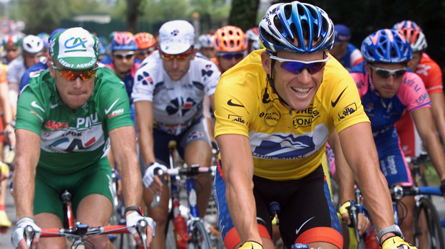 Lance Armstrong, in the leader's yellow jersey, during the 2001 Tour de France. (AFP/Getty Images)