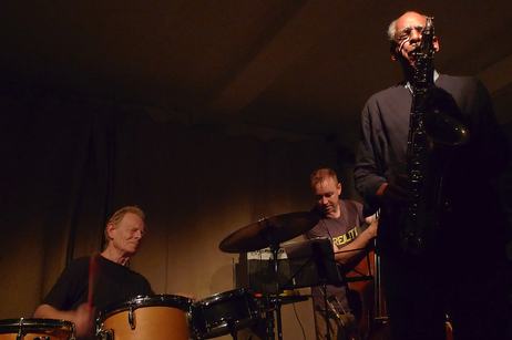 The late John Tchicai (right) performs in London in 2010, with drummer Tony Marsh and bassist John Edwards.