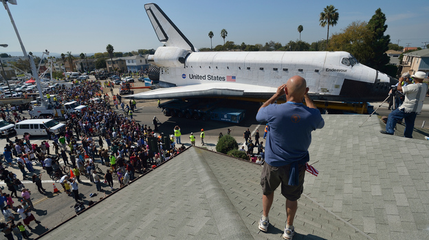 Space shuttle Endeavour travels through Los Angeles on Saturday. (AFP/Getty Images)
