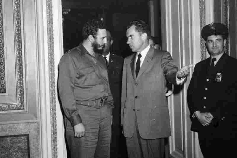 Poco después de que Castro tomó el poder en Cuba, visitó los EE.UU. y se reunió con el entonces vicepresidente Richard Nixon en Washington, DC, el 19 de abril de 1959. En los dos años después de su reunión, Cuba nacionalizaría las refinerías de petróleo de propiedad estadounidense, las Estados Unidos impondría sanciones económicas y cortar las relaciones diplomáticas con Cuba, y Cuba se declaró el estado socialista.