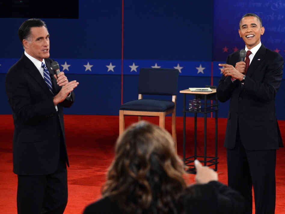 CNN's Candy Crowley moderates the second presidential debate between Mitt Romney and President Obama at Hofstra University in Hempstead, N.Y., on Tuesday.